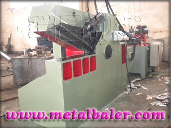 废铁剪切机,废铁液压剪切机,废铁液压金属剪断机