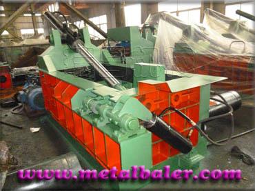 Y81F-200吨报废汽车液压金属打包机